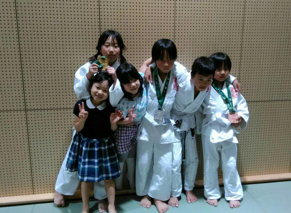 日本ブラジリアン柔術連盟全日本キッズ柔術選手権|集合写真